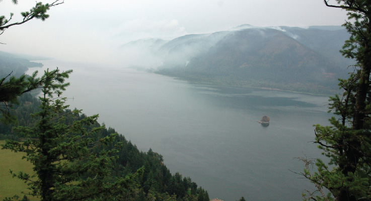 Smoke over Columbia gorge